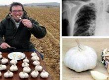 човек яде чесън всяка сутрин на гладно